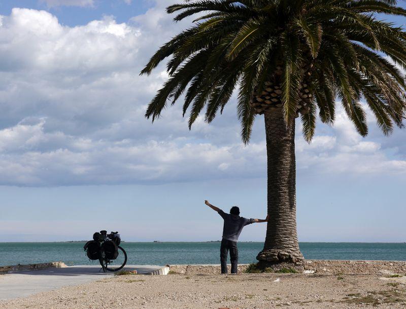 cycle touring beach spain