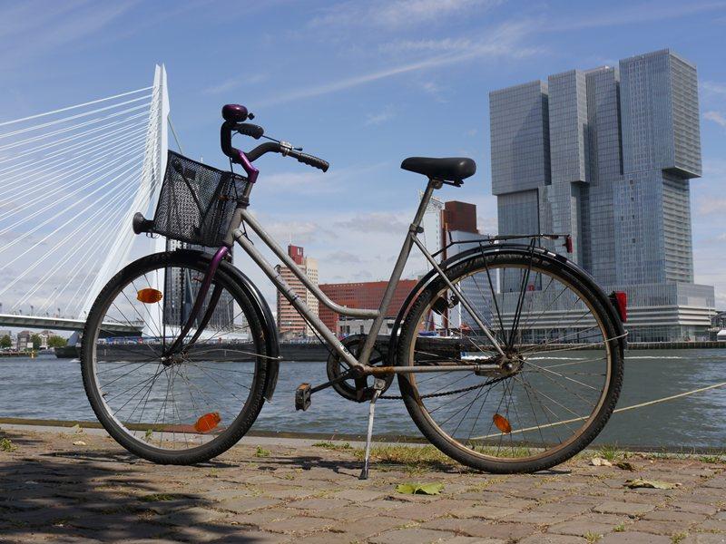 Lucy, my bike in Rotterdam.