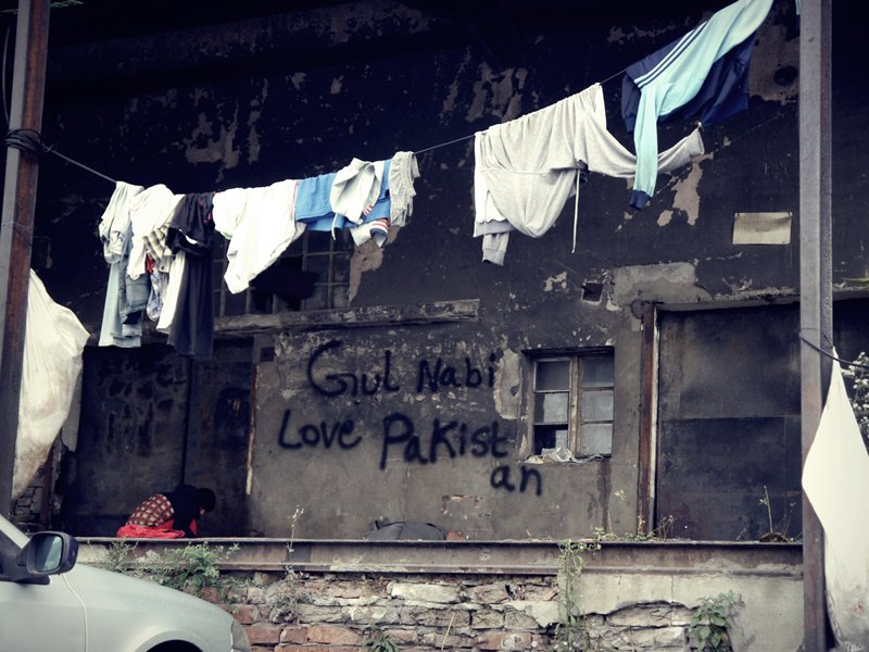 Love Pakistan Belgrade refugee camp