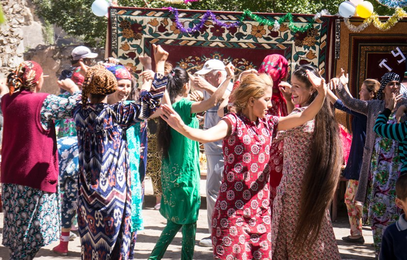 Women dancing at a Tajik wedding